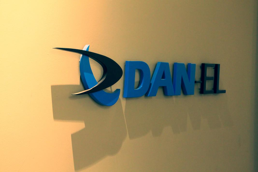 DanelOffice08_min.jpg